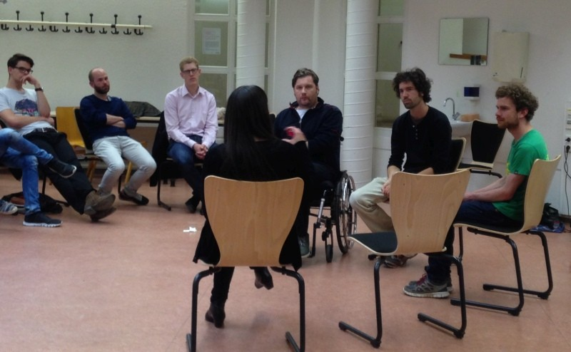 """Fishbowl Diskussionsrunde an der Universität Kassel zum Thema """"Augenhöhe"""""""
