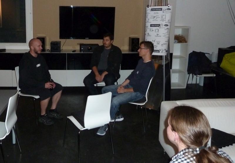 """Fishbowl Diskussionsrunde zum Thema """"Konsensfindung im Team""""..."""
