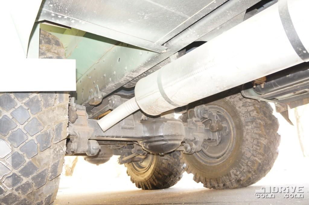 На опытном образце используется шасси ЗИЛ 131 после капитального ремонта