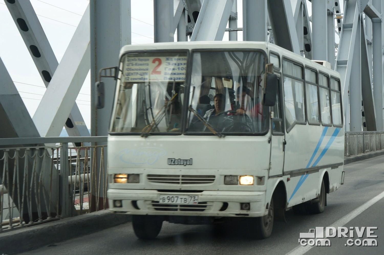 Не шибко распространенный автобус – городской UzOtoyol M23 встречается на маршрутах все реже