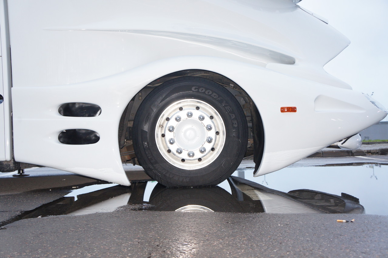 """В стационарном положении клиренс грузовика стремится к """"нулю"""""""