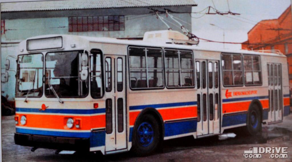 ЗИУ-682В в экспортном исполнении для левостороннего движения в Индии