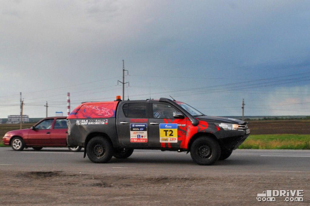 Toyota Hilux - продано 606 ед. (-2%)