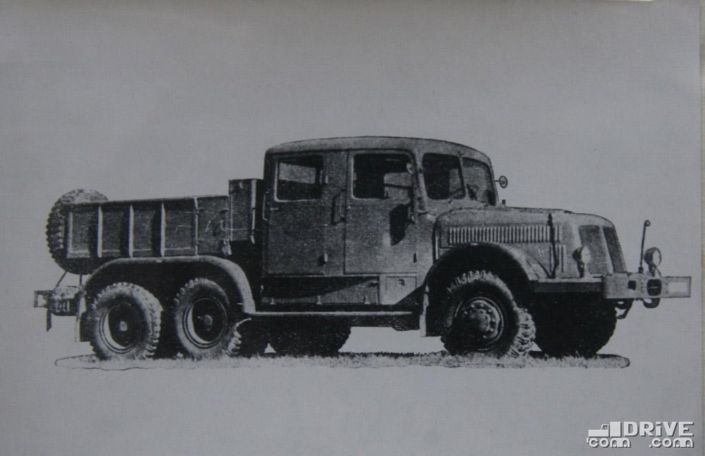 """Рисунок 9. Автомобиль-тягач """"Т-141"""""""