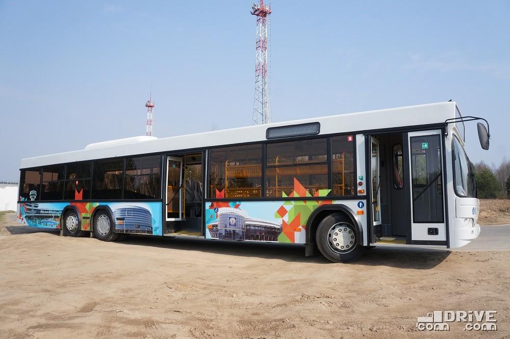 Судя по заводскому номеру, выпущено уже более 1000 различных модификаций МАЗ-107