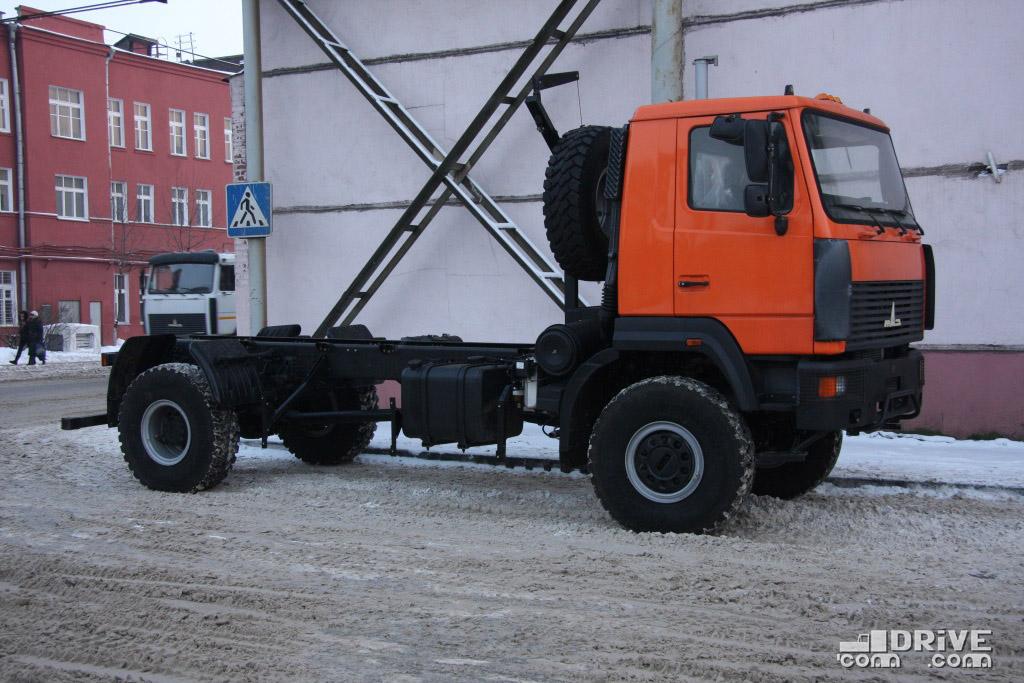 Шасси МАЗ-530905. МАЗ. 16/12/2010. Фото Дмитрия Гладкого