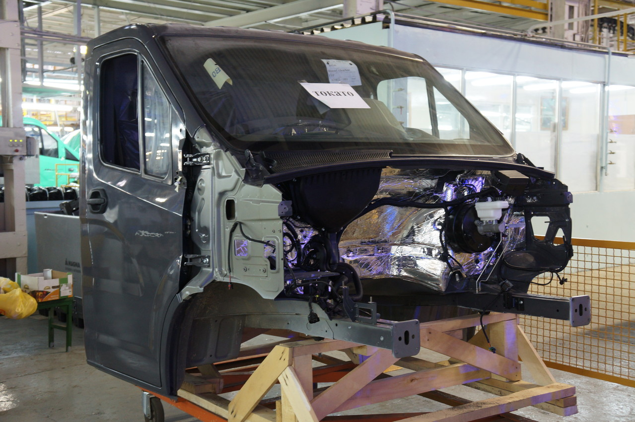 Кабина модели «1011», цвет - Storm Grey