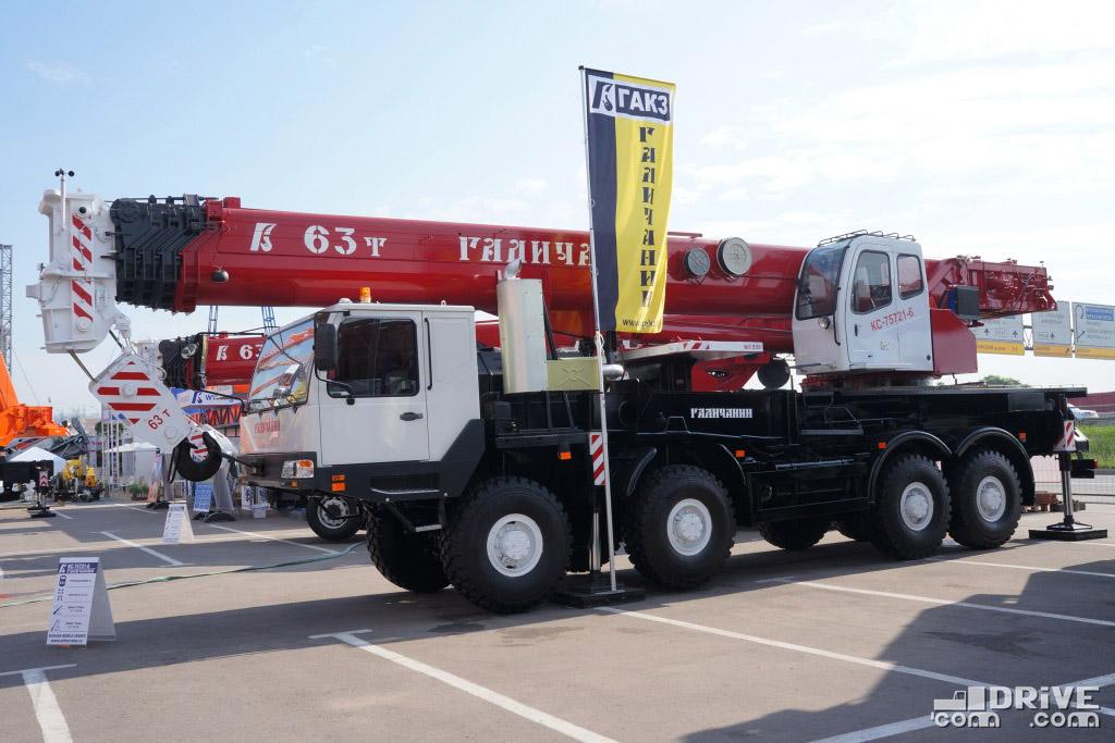Максимальная грузоподъемность крана - 63 000 кг