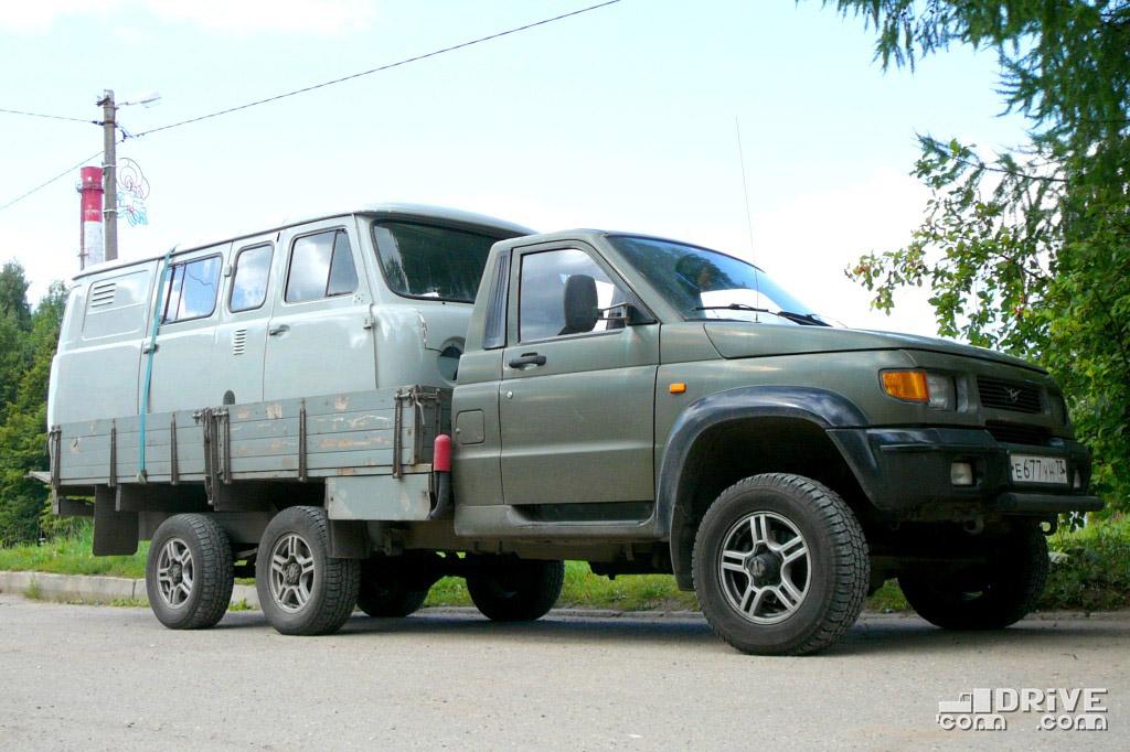 Трехосный УАЗ Cargo - создан для технических нужд, но катается и по дорогам общего пользования