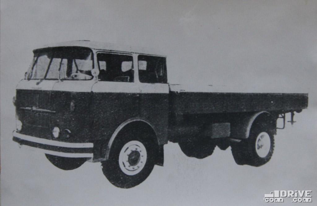 """Рисунок 23. Автомобиль """"Шкода 706РТ"""""""