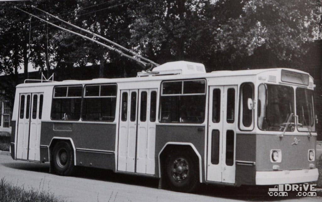 ЗИУ-681 - опытный образец 1971 года