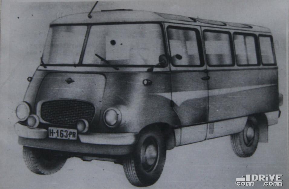 """Рисунок 78. Микроавтобус-фургон """"Ньиса-501М"""""""