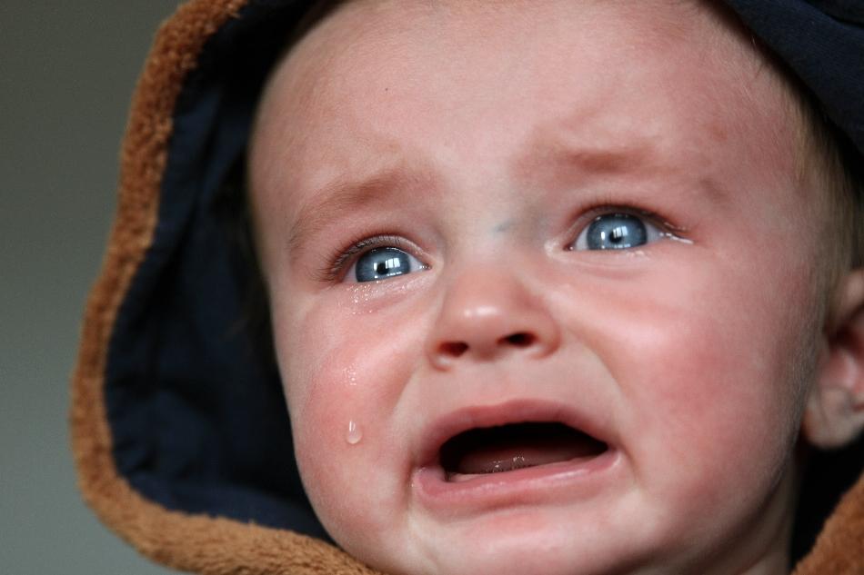 Wenn dein Baby viel weint und ständig unzufrieden ist, kommst du schnell an deinen Grenzen