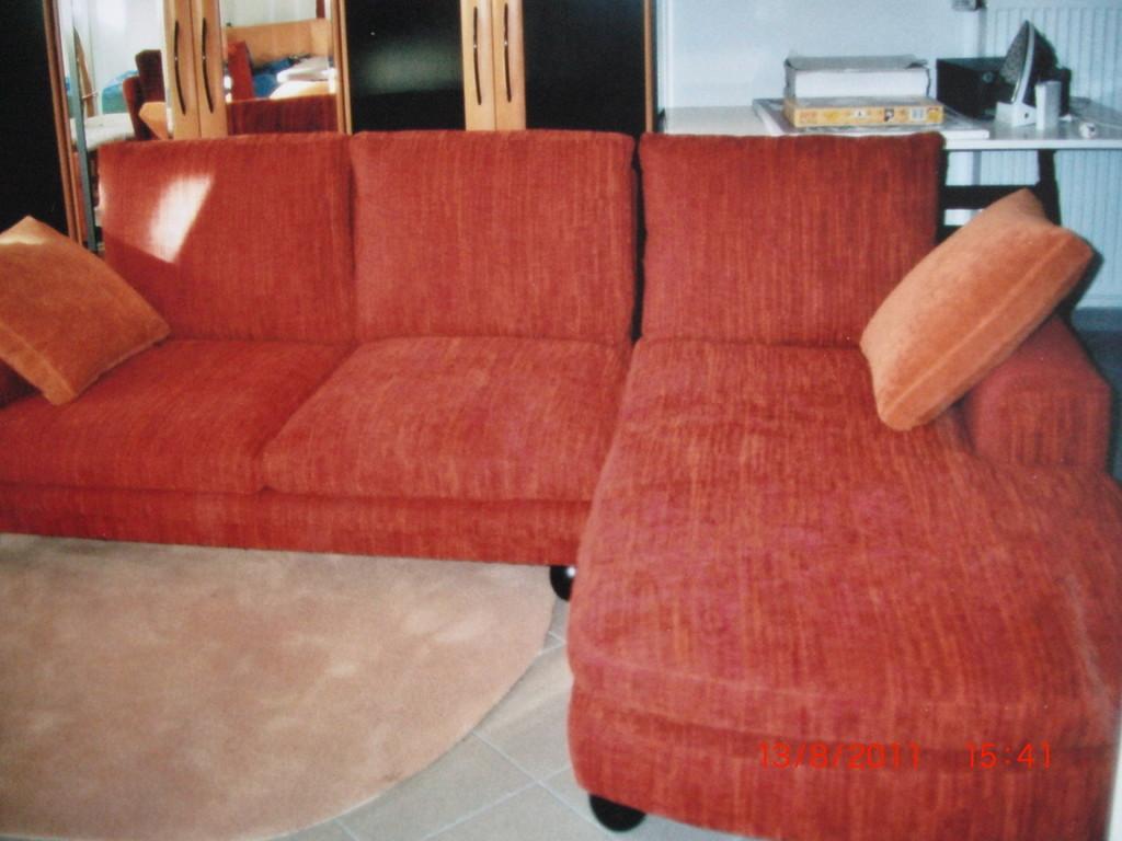 Wohnzimmergarnitur neu bezogen und aufgepolstert