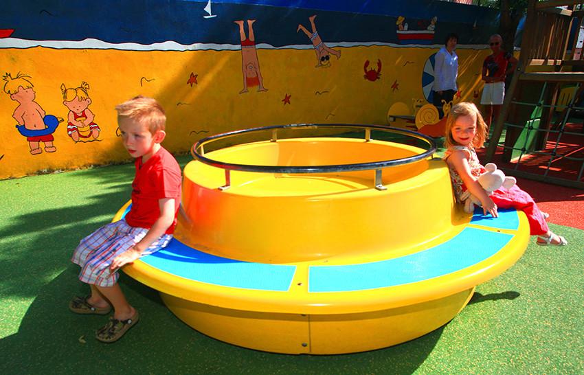 Parque infantil Camping Catalan