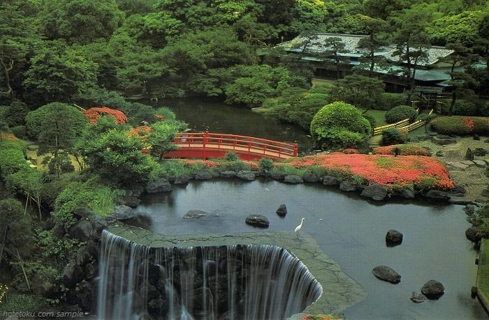 オータニ庭園、4万平方メートルの純日本庭園