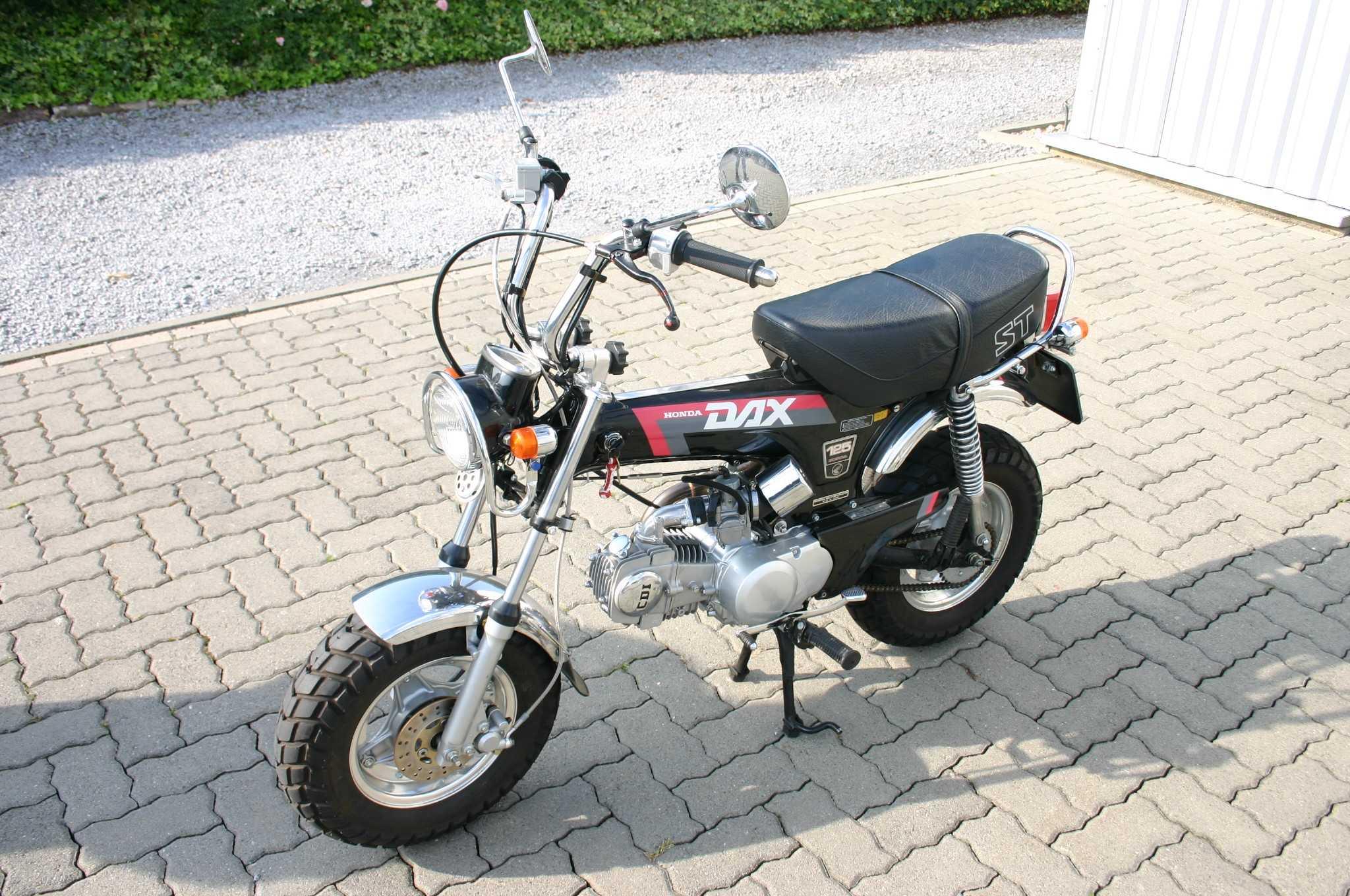 Honda Dax mit Bremsscheibe vorne