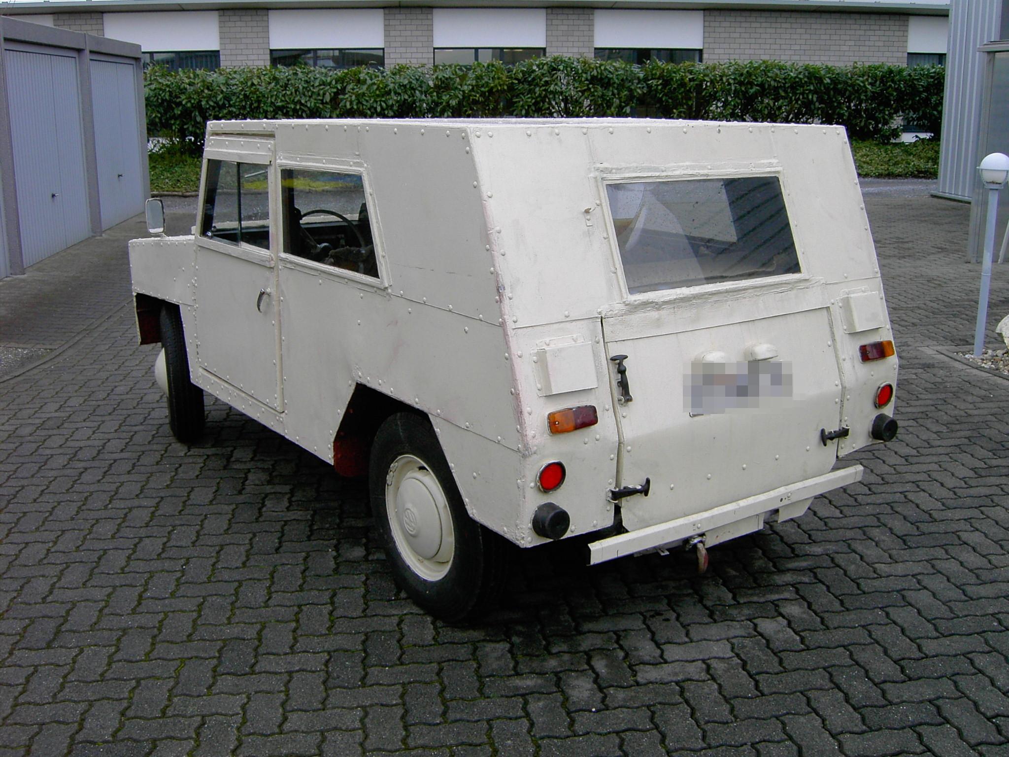 """VW Müller, Aufbau von 1958 mit einem Kübel-Chassis von vermutlich 1946 - Fahrzeug ist ein """"Weltenbummler"""""""