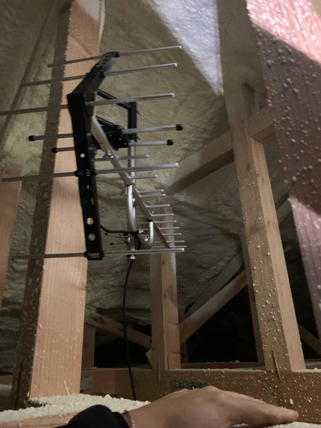 守口市 地デジ屋根裏アンテナ取付設置工事