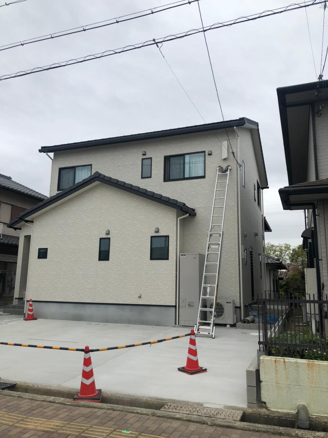 奈良県北葛城郡 地デジデザインアンテナ取付設置工事