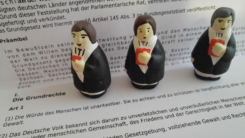 Recht mit Anwalt - Die Anwälte und das Grundgesetz