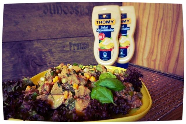 Einfacher Kartoffelsalat mit Mayonnaise zum Grillabend