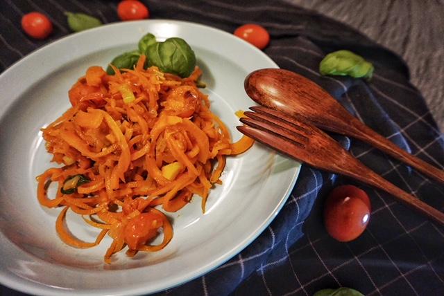 Karotti Napoli l Karotten Spaghetti l low Carb Spaghetti l 200 Kalorien