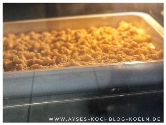 Apple crumble Kuchen l Omas Apfelkuchen vom Blech mit Streuseln