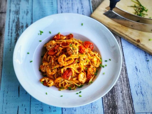 Spaghetti mit Gambas und Kirschtomaten wie bei Jamies Italy