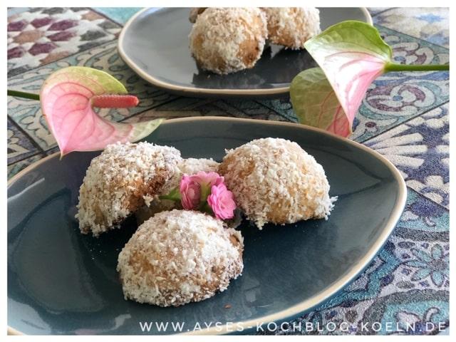 Tuerkische Kekse mit Sesam und Kokosnussraspeln l Kurabiye Rezept deutsch