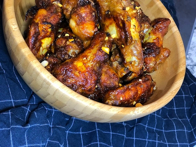 saftige indische Curry Chicken Wings aus dem Backofen