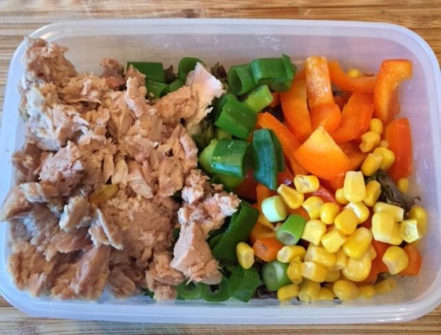 Thunfisch Salat pikant mit Paprika | 200 Kalorien