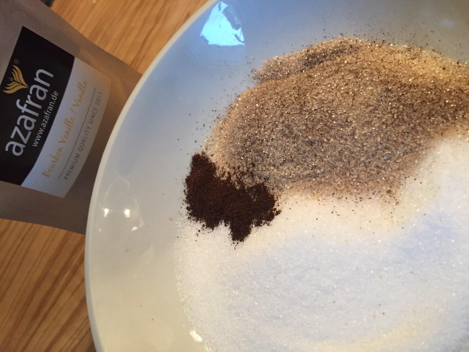 einfache Bourbon - Vanillekipferl nach Omas Rezept