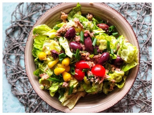 Tuerkischer Thunfisch Salat mit Ei