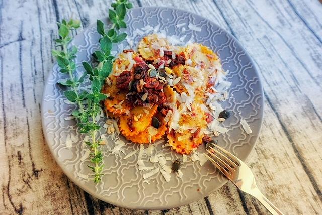 schnelles Tortellini-Rezept mit getrockneten Tomaten l Fertig in 15 Minuten