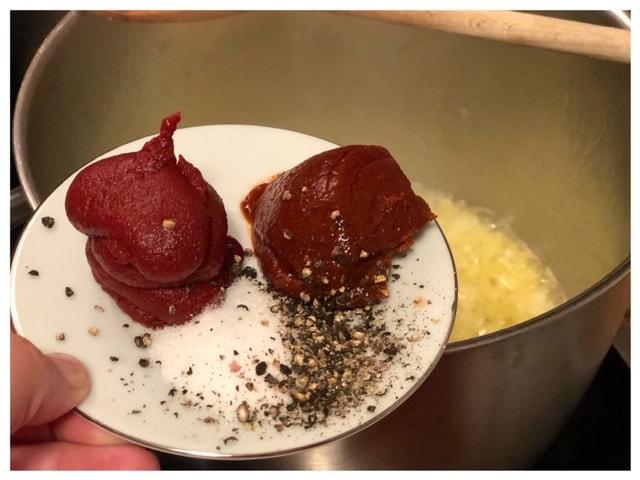 Tuerkischer Kichererbsen Eintopf mit Fleisch l Nohutlu et