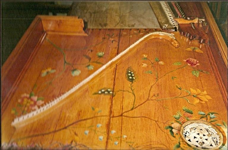 piano forte 18 ième détail
