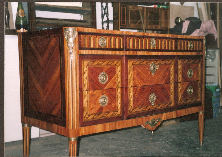 commode Louis XVI rubans