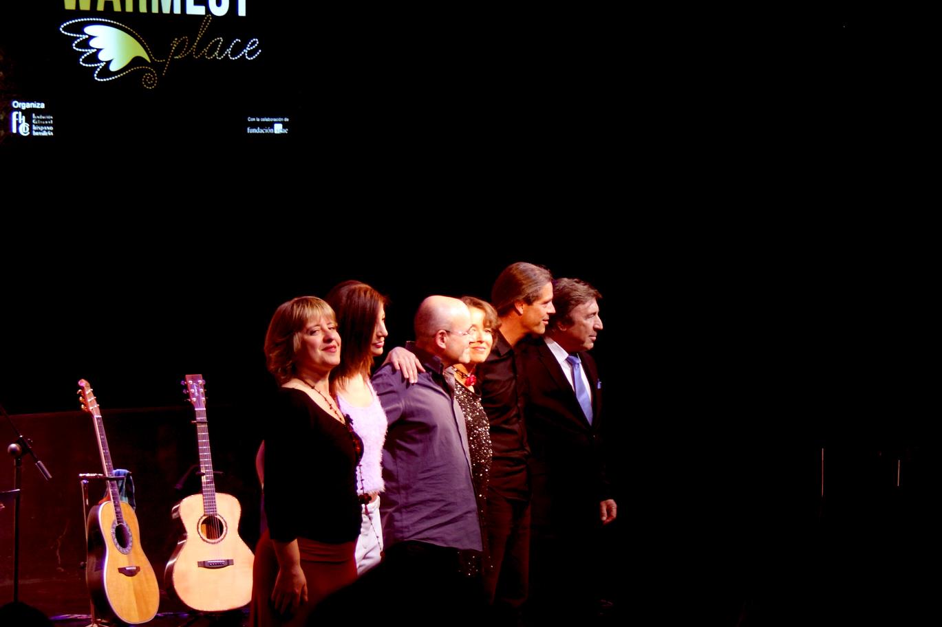 Ana Vassalo, Marisa Tolentino, Isidro Solera, Carmen Ros, Julio García y Rubén Melogno. The warmest place en concierto