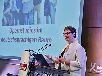 Constanze Wimmer, Privatuniversität Linz, führte eine Umfrage unter Opernstudios im deutschsprachigen Raum durch (Foto: Körber-Stiftung)