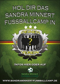 Mobile Fussballschule Mädchen Sandra Minnert Fussballcamps in Hessen