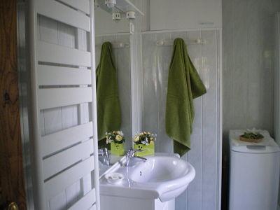 Salle d'eau - gîte la Fontaine St Gervais - Aumont - Oise