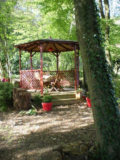 Kiosque- Gîte la Fontaine St Gervais - Aumont - Oise