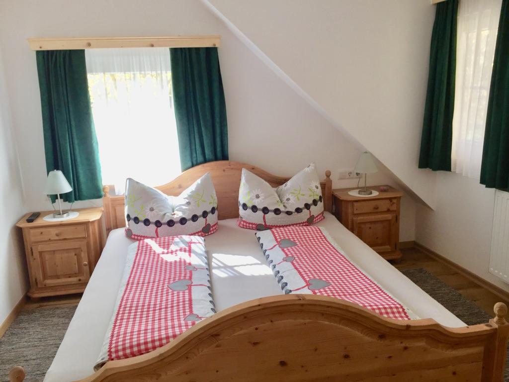 Schlafzimmer No.2