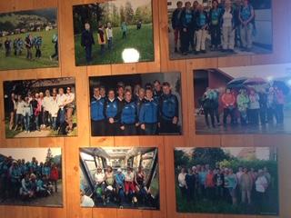Diverse Fotos, die im Museum ausgestellt wurden anlässlich des Jubiläumsbrunchs
