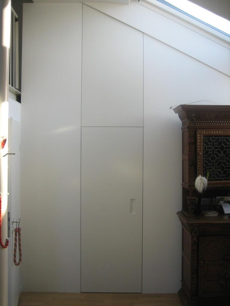 wandschrank mit t ren mirko danckwerts m belgestaltung. Black Bedroom Furniture Sets. Home Design Ideas