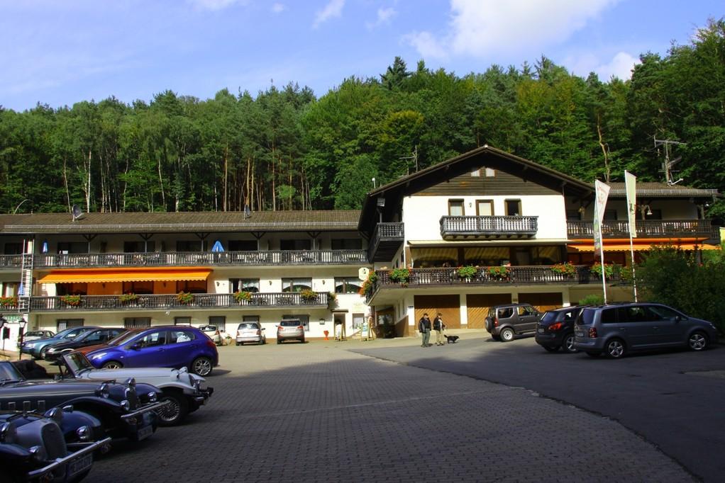 Berghotel Heppe nach 15 % Steigung erreicht!