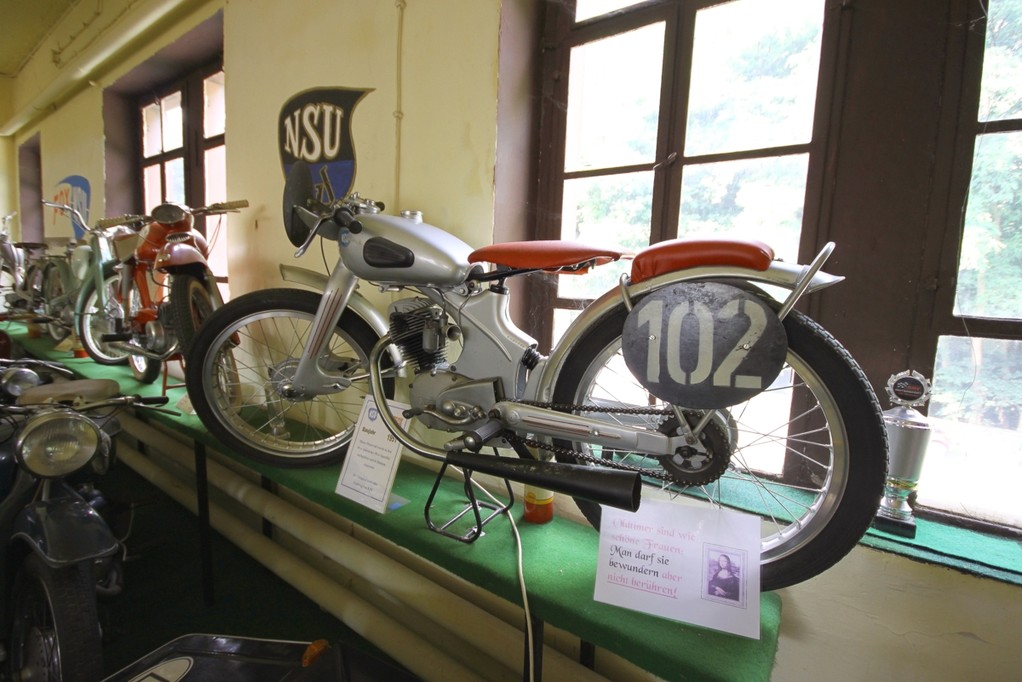 Moped im Museum