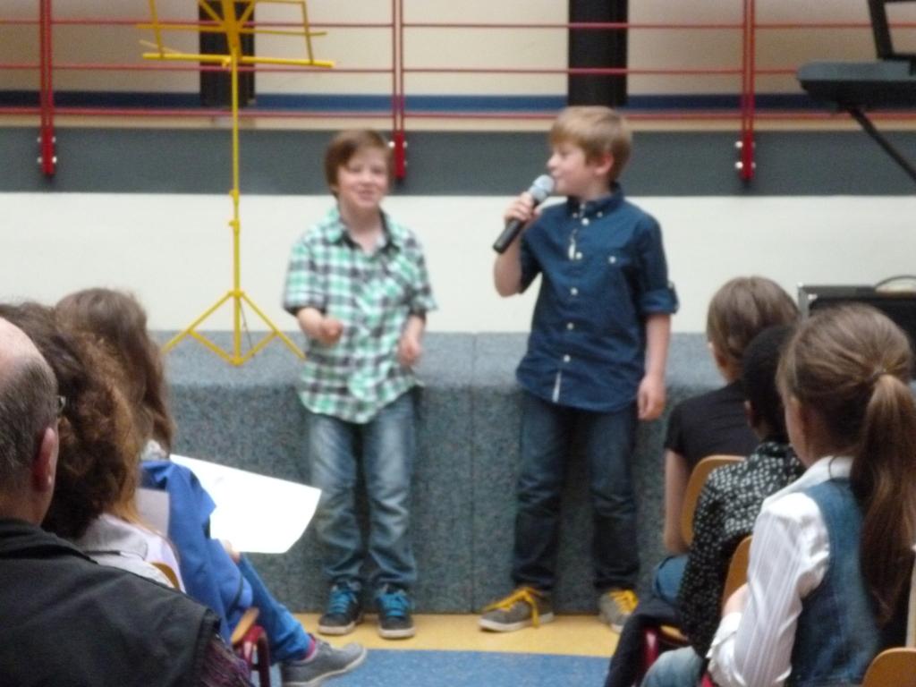 Nicolas und Yannik rappen
