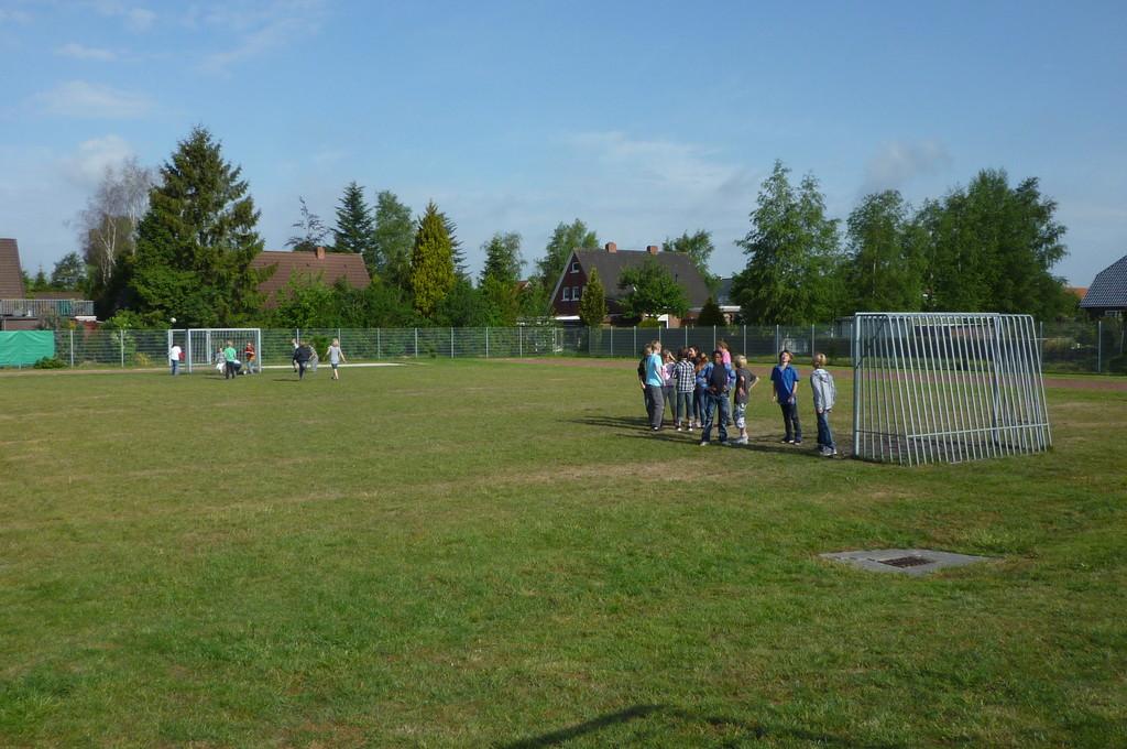 Fußball spielen in der Pause